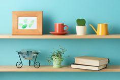 Faça você mesmo: instale prateleiras e nichos sem complicação - http://blog.casashow.com.br/faca-voce-mesmo-instale-prateleiras-e-nichos-sem-complicacao/
