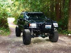 Lifted Jeep Cherokee, Jeep Zj, Cool Jeeps, Offroad, Ideas Para, 4x4, Monsters, Monster Trucks, Army