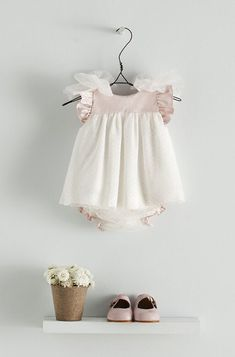 Such sweet little baby outfits. Baby Outfits, Baby Girl Dresses, Toddler Outfits, Baby Dress, Baby Girls, Little Fashion, Baby Girl Fashion, Kids Fashion, Fashion Moda