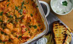 Κοτόπουλο με γιαούρτι στο φούρνο Light Recipes, Lasagna, Quiche, Main Dishes, Recipies, Food And Drink, Cooking Recipes, Chicken, Breakfast