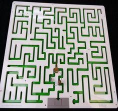 Key Maze Puzzle for Escape Rooms - Acrylic Model - Creative Escape Rooms
