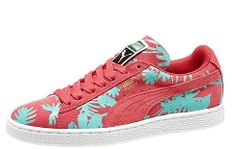 Jungle love at first sight: Women's Suede Tropicalia Classic by PUMA #PUMA #women's_sneakers #tropical_print #jungle_print #Summer_2014 #paradise_pink #floral_print #flowered_print #summer_sneakers