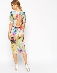 Robe milongue à fleurs ouverture dos Asos - ClicknDress