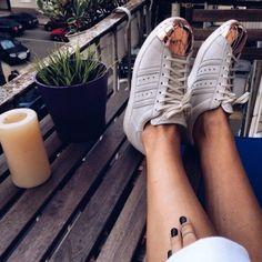 The Classy Issue Mode Streetwear, Streetwear Fashion, Streetwear Clothing, Adidas Superstar, Adidas Originals, We Heart It, Fashion Articles, Womens Fashion Sneakers, Fashion Essentials