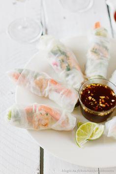 my fav! Great Recipes, Snack Recipes, Dessert Recipes, Favorite Recipes, Snacks, Vietnamese Rolls, Asian Recipes, Ethnic Recipes, Spring Rolls