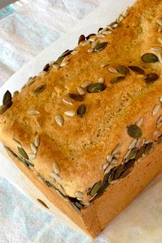 Make your own gluten free bread with this simple Thermomix recipe - this bread is especially delicious toasted and also makes fabulous breadcrumbs. Thermomix Recipes Healthy, Thermomix Bread, Healthy Eating Recipes, Gluten Free Recipes, Bread Recipes, Whole Food Recipes, Cooking Recipes, Bellini Recipe, Baking Tins
