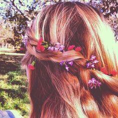 @Stephanie Close Close Joyce #Braids and flowers #21DaysOfLA #Day4