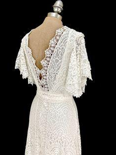 Wrap Wedding Dress, Lace Wedding, Boho Dress, Silk Dress, Plus Size Wedding Dresses With Sleeves, Silk Slip, Stunning Dresses, Dream Dress, Kaftan