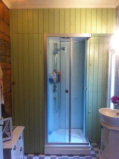 Kylpyhuoneen komerot