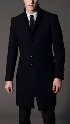 Explore the full men's collection comprising classic coats and jackets, tailoring, Heritage Trench Coats, casual weekend-wear and Mens Casual Dress Outfits, Winter Outfits Men, Stylish Mens Outfits, Cool Outfits, Business Casual Attire For Men, Blazers For Men Casual, Men's Coats And Jackets, Coats For Men, Stylish Clothes For Women