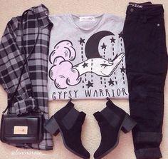 t-shirt grey gipsy style grunge pastel goth pastel pink Grunge Outfits, Pastel Goth Outfits, Pastel Goth Fashion, Kawaii Fashion, Grunge Fashion, Cute Fashion, Fashion Outfits, Hipster Grunge, Soft Grunge