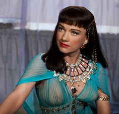 "Anne Baxter in ""The Ten Commandments"" (1956).  I can't find out if either of these theories is true: (1) the director wouldn't let the actresses wear bras because it wouldn't be authenthic, or (2) he made the actresses wear bras that looked like they were naked."