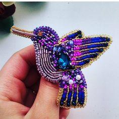 Автор @_broshechka_ 〰〰〰〰〰〰〰〰〰〰〰〰〰〰 По всем вопросам обращайтесь к авторам изделий!!! #ручнаяработа #брошьизбисера #брошьручнойработы #вышивкабисером #мастер #бисер #handmade_prostor #handmadejewelry #brooch #beads #crystal #embroidery #swarovskicrystals #swarovski #купитьброшь #украшенияручнойработы #handmade #handemroidery #брошь