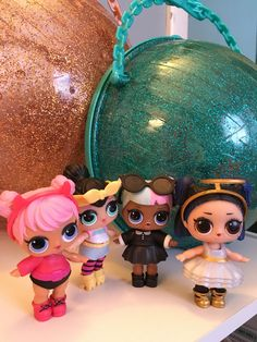 Series 3 Opposites Club, Dusk and Dawn wearing Sugar's and Spice's outfits from Series 2 Opposites Club and vice versa! #CollectLOL #lolsurprisedolls #lol #lolsurprise #lolconfettipop #mgaentertainment