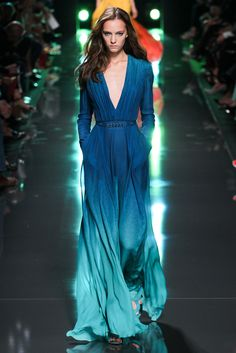 ONE OF THE PRETTIEST DRESSES I HAVE EVER SEEN! - Elie Saab Spring 2015 Ready to Wear