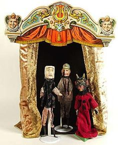 miniature theater - puppets are creepy looking.  lol