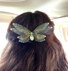 Cute Jewelry, Hair Jewelry, Hipster Jewelry, Funky Jewelry, Jewelry Accessories, Wing Necklace, Mode Outfits, Hair Inspo, Hair Clips