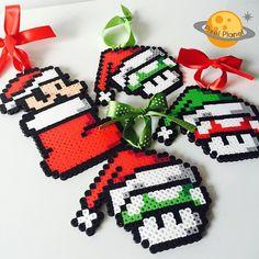 "59 Likes, 3 Comments - Montreal, Canada (@pixel_planet_) on Instagram: ""#perler #beads #pixel #pixelart #christmas #xmas #xmastree #christmastree #ornaments #mario…"""