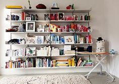 I love the way she mixes books and art