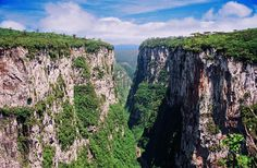 Itaimbezinho Canyon – Brazil, Rio Grande do Sul. Up to 720 m deep and 6 km long canyon with unbelievable, very impressive sights. Additional charm is added by exotic, tall araucarias.