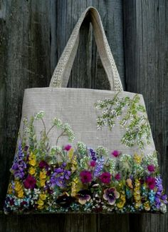 broderie au ruban, avoir un jardin riche sur son sac