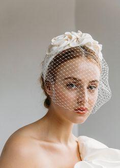 Headband Veil, Rosette Headband, Wedding Headband, Wedding Hats, Bridal Veils And Headpieces, Vintage Bridal, Vintage Wedding Veils, Bridal Hat, Girl With Hat