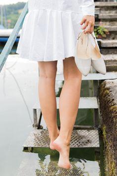 Schuhe mal aus, Füße ins Wasser baumeln lassen und einfach genießen… Paul Green Shoes, Water, Simple