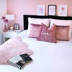 Girls Bedroom Paint Ideas, Childrens Bedroom Carpet Ideas So, you think he or she is gonna like this style? Bedroom Carpet, Home Bedroom, Girls Bedroom, Unique Teen Bedrooms, Childrens Bedroom, Trendy Bedroom, Bedroom Paint Colors, Room Colors, Paint Colours