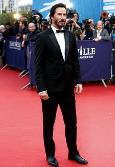 Keanu Reeves is the winner in Most Stylish Men January 2016 - Category Cinema - Without their usual shoes :* Keanu Reeves John Wick, Keanu Charles Reeves, Outfits Casual, Mode Outfits, Keanu Reeves Quotes, Arch Motorcycle Company, Keanu Reaves, Most Stylish Men, Guy Pictures