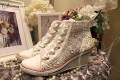 SC26 Crystal and pearl thick heel bridal by Somethingthine on Etsy