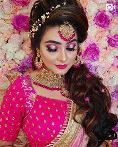 Bride Eye Makeup, Wedding Makeup, Wedding Ties, Wedding Looks, South Indian Bride Saree, Middle Eastern Makeup, Bride And Son, Engagement Hairstyles, Bridal Hairdo