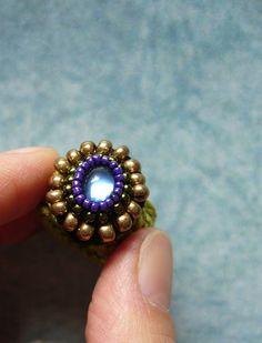 ••• Häkelring mit blauem Glas-Cabochon ••• von crochet.jewels auf DaWanda.com