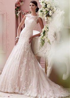 Glamorous Tulle Bateau Neckline Natural Waistline Mermaid Wedding Dress With Lace Appliques