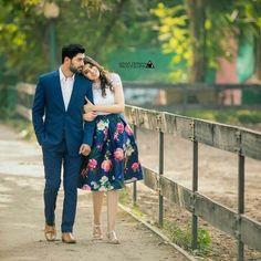 Indian Wedding Couple Photography, Wedding Couple Photos, Couple Photography Poses, Photo Poses For Couples, Couple Photoshoot Poses, Couple Shoot, Cute Couple Poses, Pre Wedding Poses, Pre Wedding Photoshoot