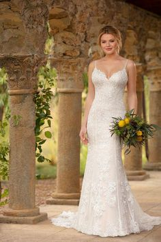 Style #D2598 Sample available at Ellynne Bridal (Lincoln, Nebraska) for National Bridal Sale: July 17th - July 24th 2021. Visit our website or call to book an appointment: (402)-489-7770 Wedding Dresses Perth, Wedding Dresses Size 14, Essense Of Australia Wedding Dresses, Wedding Dress Pictures, Fit And Flare Wedding Dress, Luxury Wedding Dress, Boho Wedding Dress, Designer Wedding Dresses, Bridal Dresses
