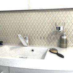 "SomerTile FDXCRI Crepita Diamond Ice Ceramic Mosaic Wall Tile, 12"" x 12"", Cream/Blue"