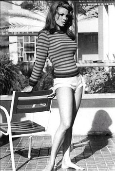 40sclassic: Raquel Welch…..1960s.