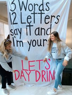 ideas for college fest College House, College Life, College Girls, College Girl Apartment, College Apartments, College Drinks, Alcohol Aesthetic, Beer Pong Tables, Teenage Dream