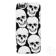 Skulls Black & White iPhone5 Case