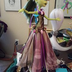 Monster High Clothes, Monster High Dolls, Rose Art, Fun Things, Gowns, Instagram, Style, Pink Art, Vestidos