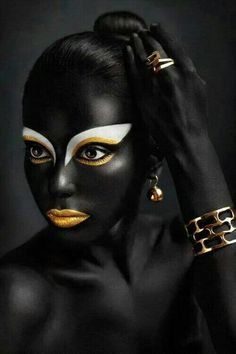 black and gold face paint Black Love Art, My Black Is Beautiful, African American Art, African Art, Afro Art, Fantasy Makeup, African Beauty, Woman Painting, Model Photographers