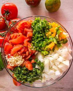 homemade chunky salsa recipe ingredients ready to can Salsa Canning Recipes, Canning Salsa, Homemade Chunky Salsa, Homemade Salsa, Fresh Salsa Recipe, Fresh Tomato Recipes, Mexican Food Recipes, Vegetarian Recipes, Healthy Recipes