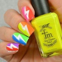 Rainbow and lightning bolt nails. Funky Nail Art, Funky Nails, Neon Nails, Cool Nail Art, Lightning Nails, Lightning Bolt, Gorgeous Nails, Pretty Nails, Plain Nails