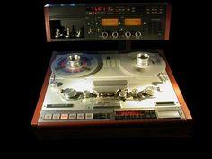 Studer A820 - www.remix-numerisation.fr - Rendez vos souvenirs durables ! - Sauvegarde - Transfert - Copie - Digitalisation - Restauration de bande magnétique Audio Dématérialisation audio - MiniDisc - Cassette Audio et Cassette VHS - VHSC - SVHSC - Video8 - Hi8 - Digital8 - MiniDv - Laserdisc - Bobine fil d'acier - Micro-cassette - Digitalisation audio - Elcaset