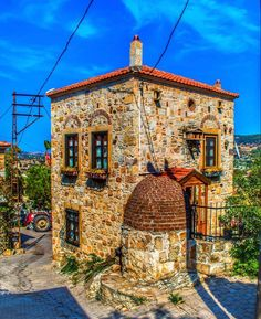 Turkey Photos, Stone Houses, Istanbul Turkey, Traditional House, Art And Architecture, The Good Place, Places To Go, Beautiful Places, Tours