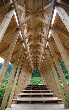 Puente de Viento y Lluvia por Donn Holohan. Imagen cortesía de HKU.