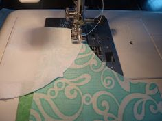 ocd: obsessive crafting disorder: Drunkard's Path Quilt Along: Sewing your blocks