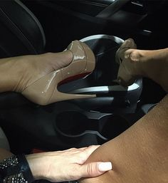 Sometimes you have to pinch yourself to make sure you're not dreaming #dreaming #ladypeep #platformheels #platformshoes #peeptoe #carsex #coveringthegoods #maybeimnaked #passengerseat #heelfetish #heelporn #sexysaturday