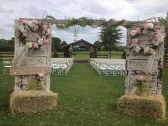 Fall Wedding Arch Ideas for Rustic Wedding rustic wedding ceremonyrustic wedding ceremony Fall Wedding Arches, Country Wedding Decorations, Rustic Wedding Flowers, Country Wedding Arches, Country Wedding Colors, Rustic Wedding Seating, Floral Wedding, Outside Wedding, Farm Wedding