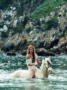 "bohemiandiesel: "" http://bohemiandiesel.com/photography/editorial/blue-lagoon-lois-schindeler-glamour-nederland """
